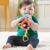 Rattle & Play Tug & Clatter Key